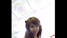 ลูบเจลหล่อลื่นไส่ควยแล้วขึ้นขย่ม ตั้งกล้องถ่ายคลิปxxxไลฟ์สด นางยิ้มเห็นกระดอแล้วมีความสุข ชอบความเสียวหีให้บอกพี่